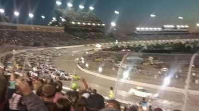 Richmond International Raceway, secção: Dogwood I, fila: 9, lugar: 24