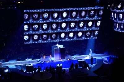 Madison Square Garden, secção: 223, fila: 8, lugar: 13