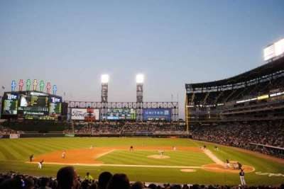 Guaranteed Rate Field, secção: 137, fila: 31, lugar: 8