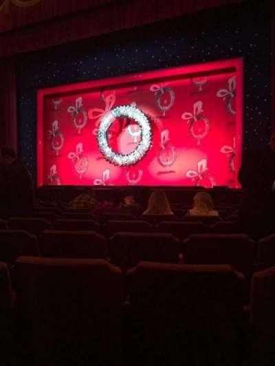 Fox Theatre (Detroit), secção: F4, fila: J, lugar: 414