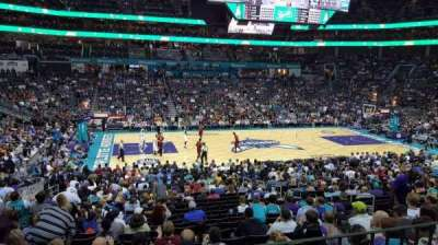 Spectrum Center, secção: 106, fila: Club Level