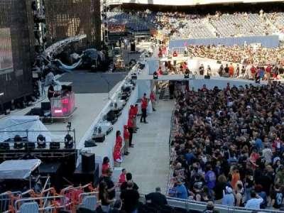 Soldier Field, secção: 243, fila: 1, lugar: 9