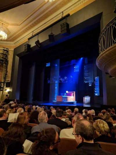 Music Box Theatre, secção: ORCHO, fila: L, lugar: 22