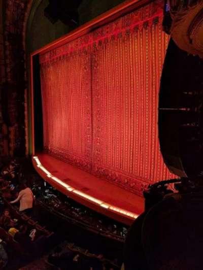 New Amsterdam Theatre, secção: BOX 4, fila: A, lugar: 1