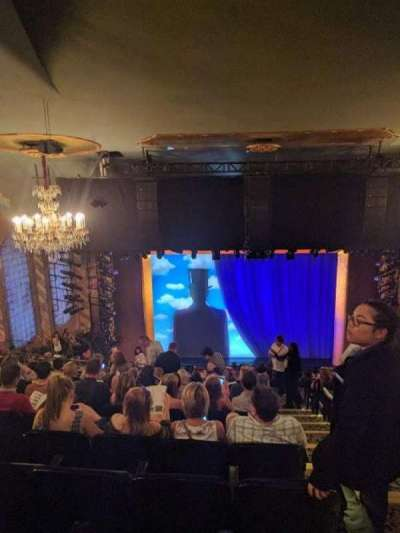Lunt-Fontanne Theatre, secção: RMEZZ, fila: L, lugar: 101
