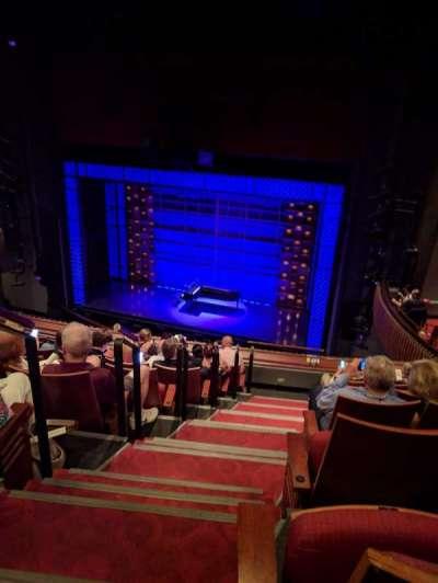 Stephen Sondheim Theatre, secção: Mezzanine, fila: HH, lugar: 2