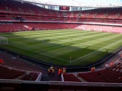 Emirates Stadium, secção: B69, fila: 6