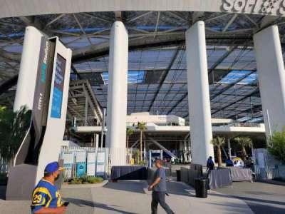 SoFi Stadium, secção: entry 2