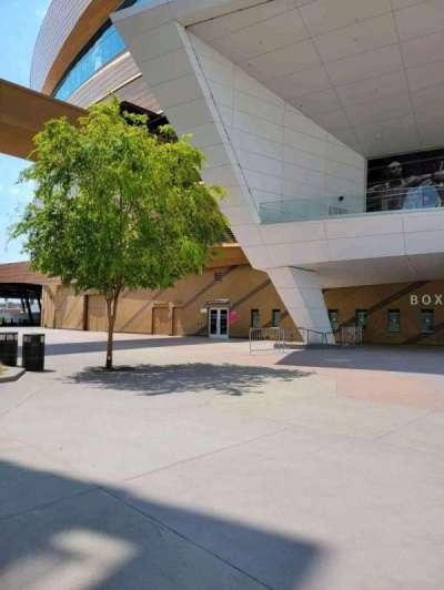 T-Mobile Arena, secção: East VIP Entry