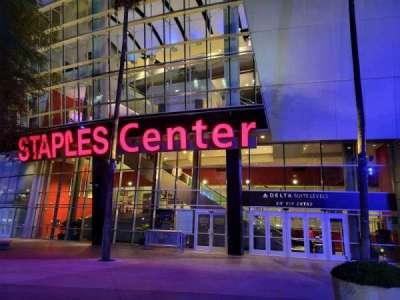Staples Center, secção: SW VIP Entry