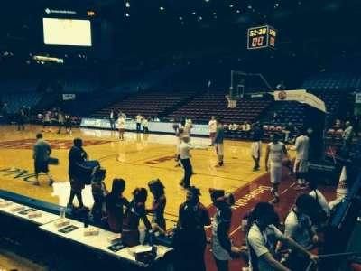 University Of Dayton Arena, secção: 110, fila: F, lugar: 10