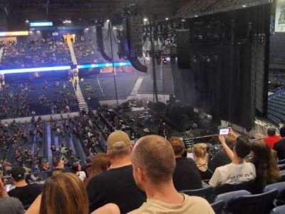 Allstate Arena, secção: 210, fila: L, lugar: 12