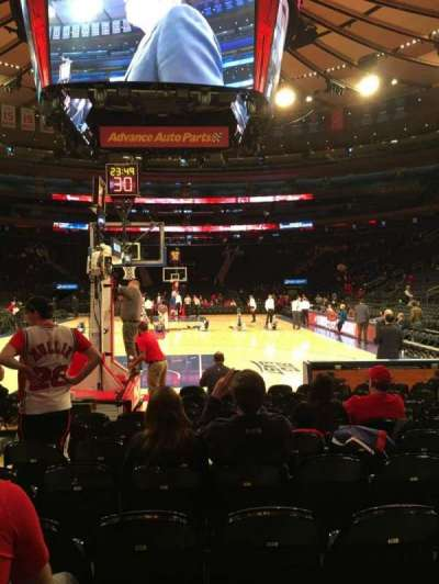 Madison Square Garden, secção: Baseline 2, fila: 9, lugar: 15