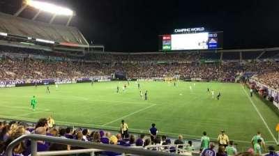 Camping World Stadium, secção: 145, fila: CC, lugar: 9