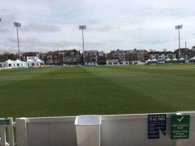 County Cricket Ground (Hove), secção: Grandstand F, fila: B, lugar: 84