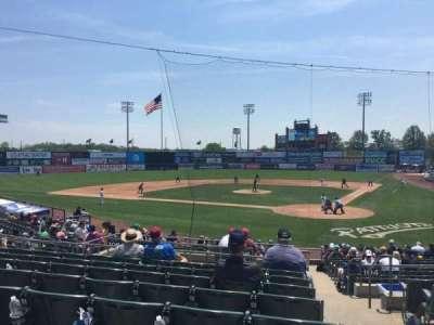 TD Bank Ballpark, secção: 206, fila: R, lugar: 1