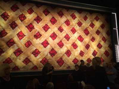 Forrest Theatre, secção: Orch C, fila: F, lugar: 112
