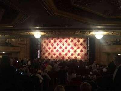 Forrest Theatre, secção: Orch R, fila: Y, lugar: 4