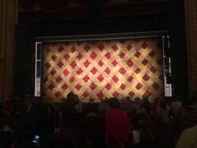 Forrest Theatre, secção: Orch C, fila: O, lugar: 104