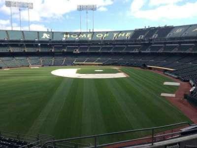 Oakland Coliseum, secção: 234, fila: 3