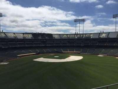 Oakland Coliseum, secção: 246, fila: 2