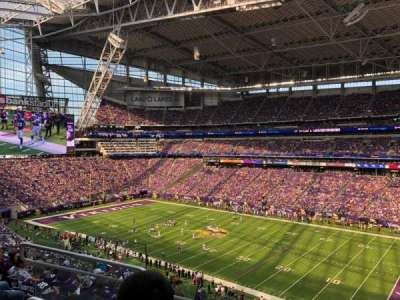 U.S. Bank Stadium, secção: 229, fila: 9, lugar: 13