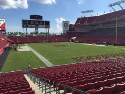 Raymond James Stadium secção 145