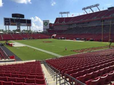 Raymond James Stadium secção 144
