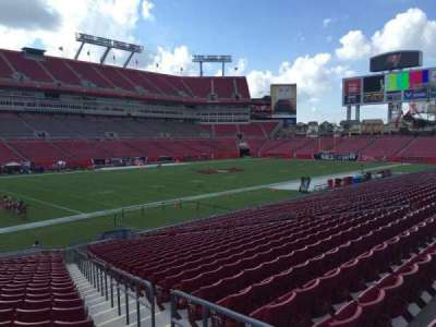 Raymond James Stadium secção 128