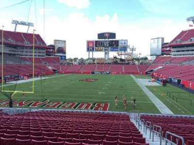 Raymond James Stadium secção 124