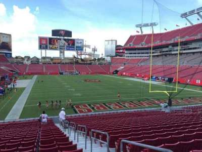 Raymond James Stadium secção 121