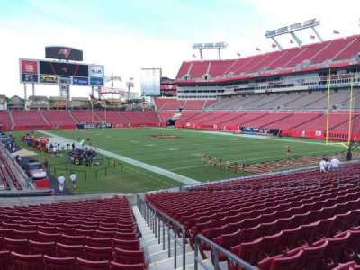 Raymond James Stadium secção 119