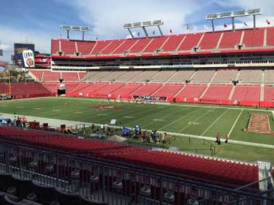 Raymond James Stadium secção 214