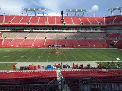 Raymond James Stadium secção 210