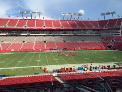 Raymond James Stadium secção 209