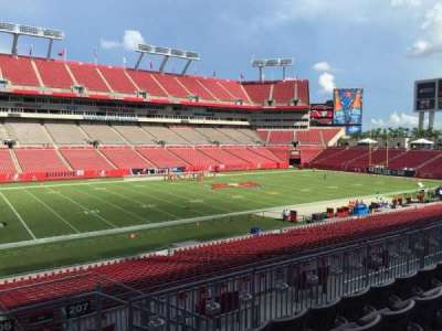 Raymond James Stadium secção 206