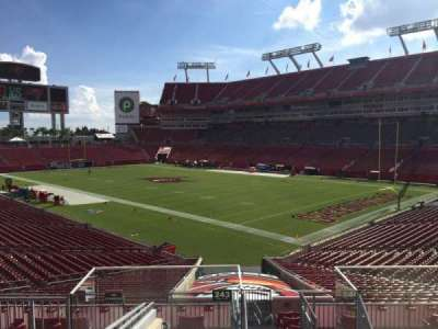 Raymond James Stadium secção 243