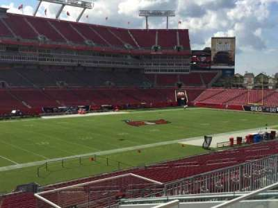 Raymond James Stadium secção 230