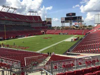 Raymond James Stadium secção 226