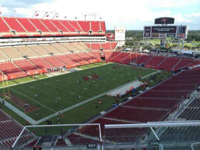 Raymond James Stadium secção 303