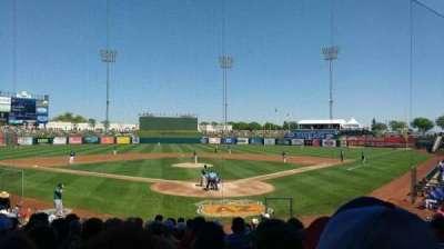 Surprise Stadium, secção: 100, fila: r, lugar: 7