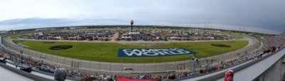 Chicagoland Speedway, secção: 403, fila: 42, lugar: 11