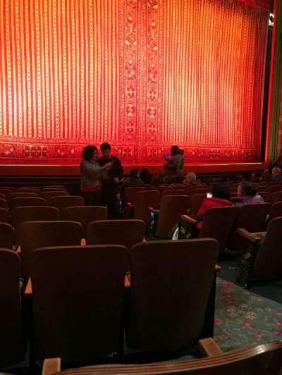 New Amsterdam Theatre, secção: Orchestra, fila: J, lugar: 5