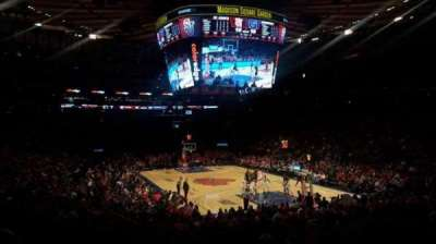 Madison Square Garden, secção: 110, fila: 6, lugar: 1