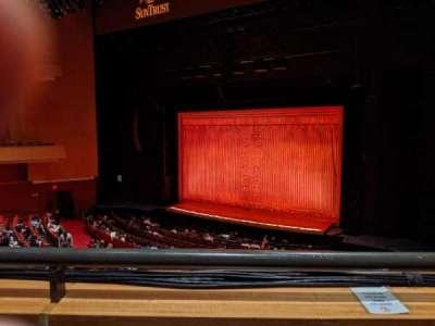 Durham Performing Arts Center, secção: Grand Tier 7, fila: A, lugar: 207