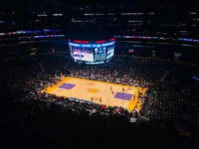 Staples Center, secção: 333, fila: 10, lugar: 13