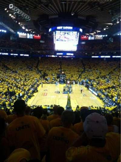 Oakland Arena secção 108