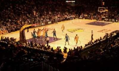 Staples Center, secção: 214, fila: 10, lugar: 7