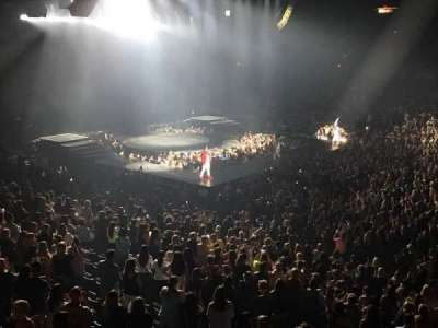 Allstate Arena, secção: 202, fila: A, lugar: 2