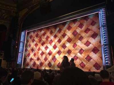 Brooks Atkinson Theatre secção Orchestra R